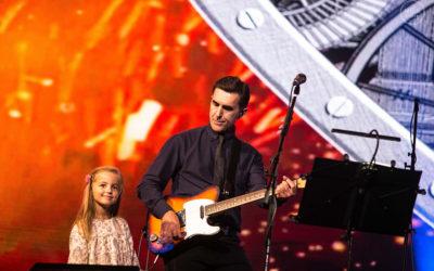 Репортаж с концерта Вячеслава Бутусова в Санкт-Петербурге